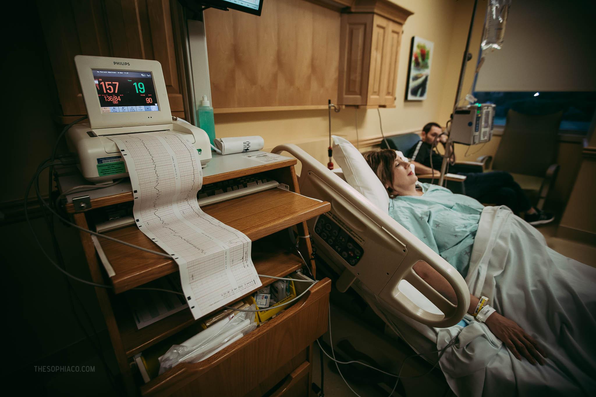 Oahu-Birth-Photographer-scheduled-cesarean-kaiser-07.jpg
