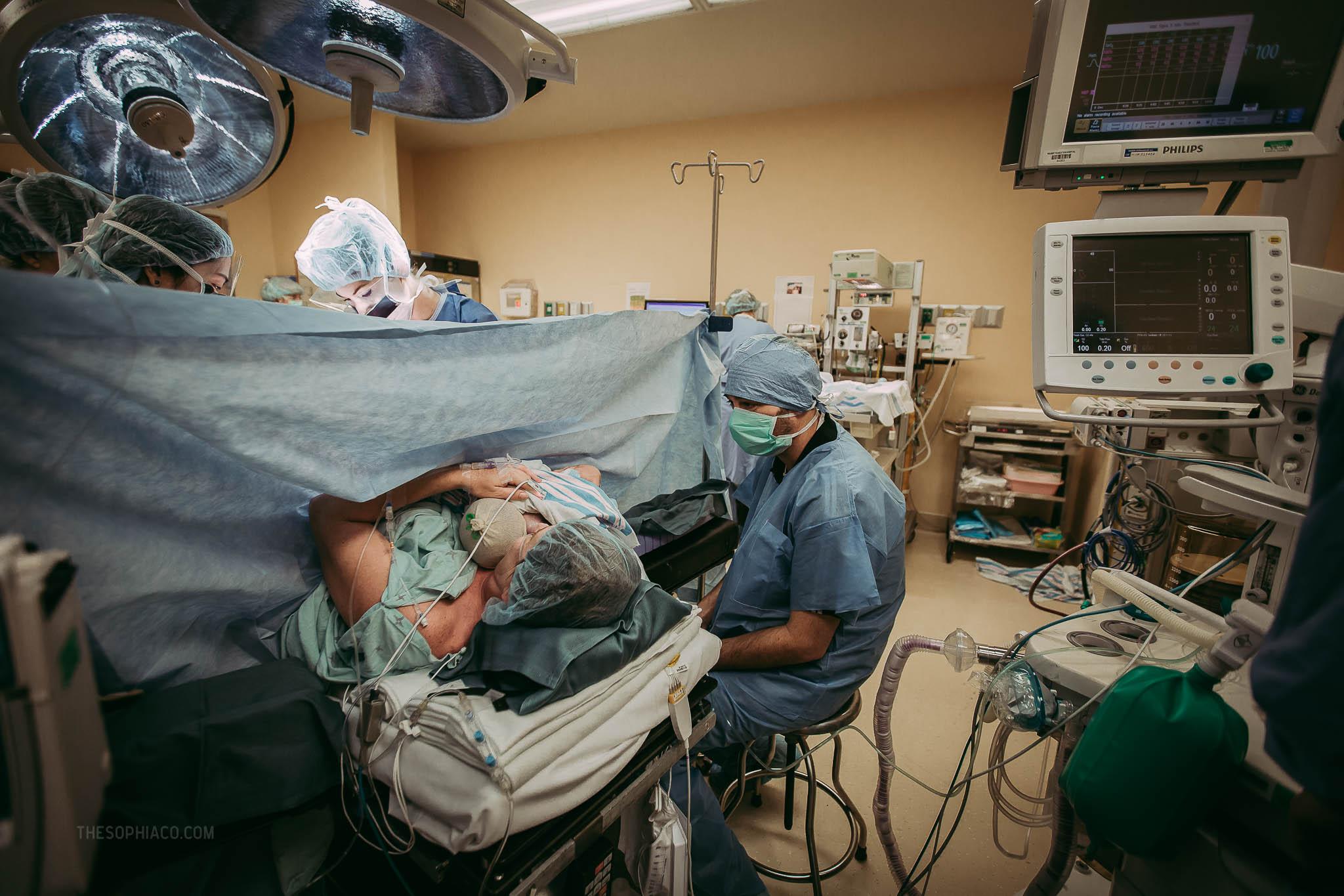 Oahu-Birth-Photographer-scheduled-cesarean-kaiser-24.jpg