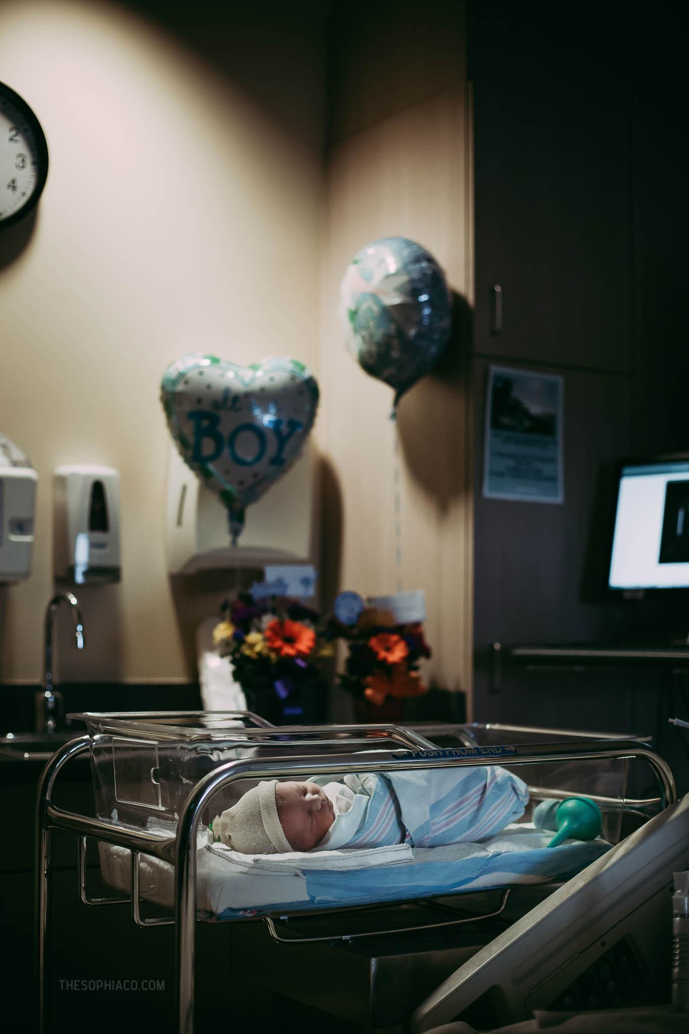 Oahu-Birth-Photographer-scheduled-cesarean-kaiser-34.jpg