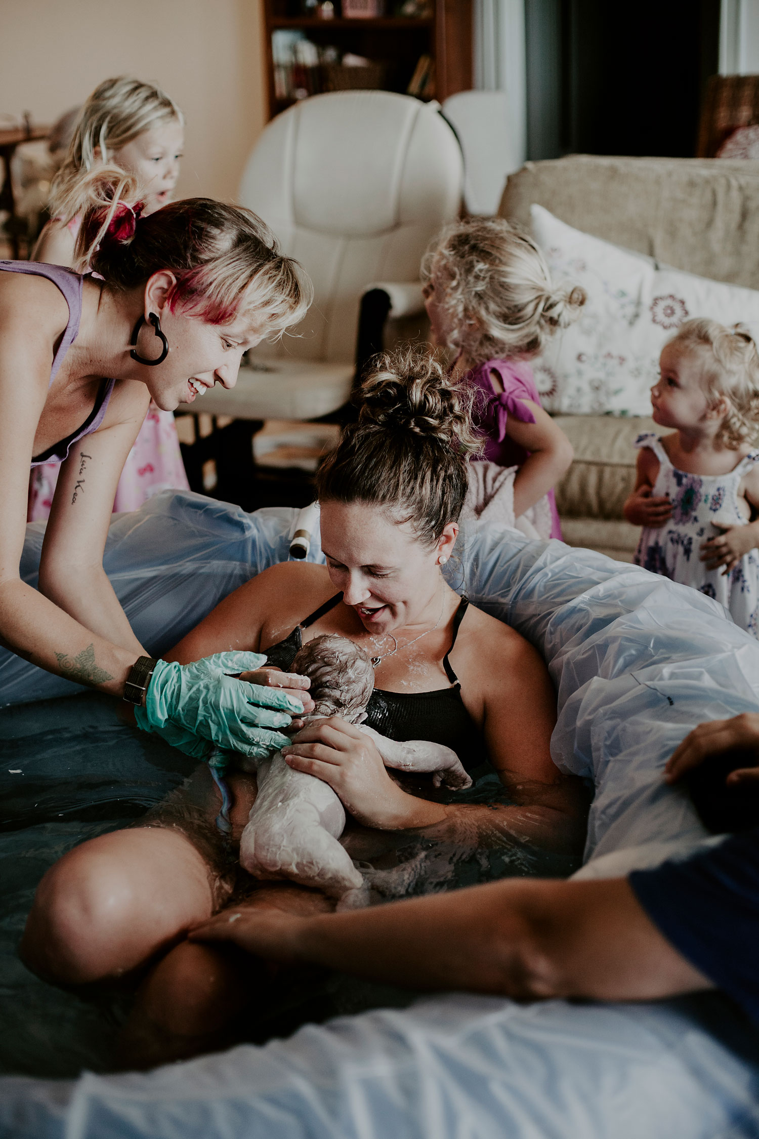 honolulu-home-birth-photographer-22.jpg
