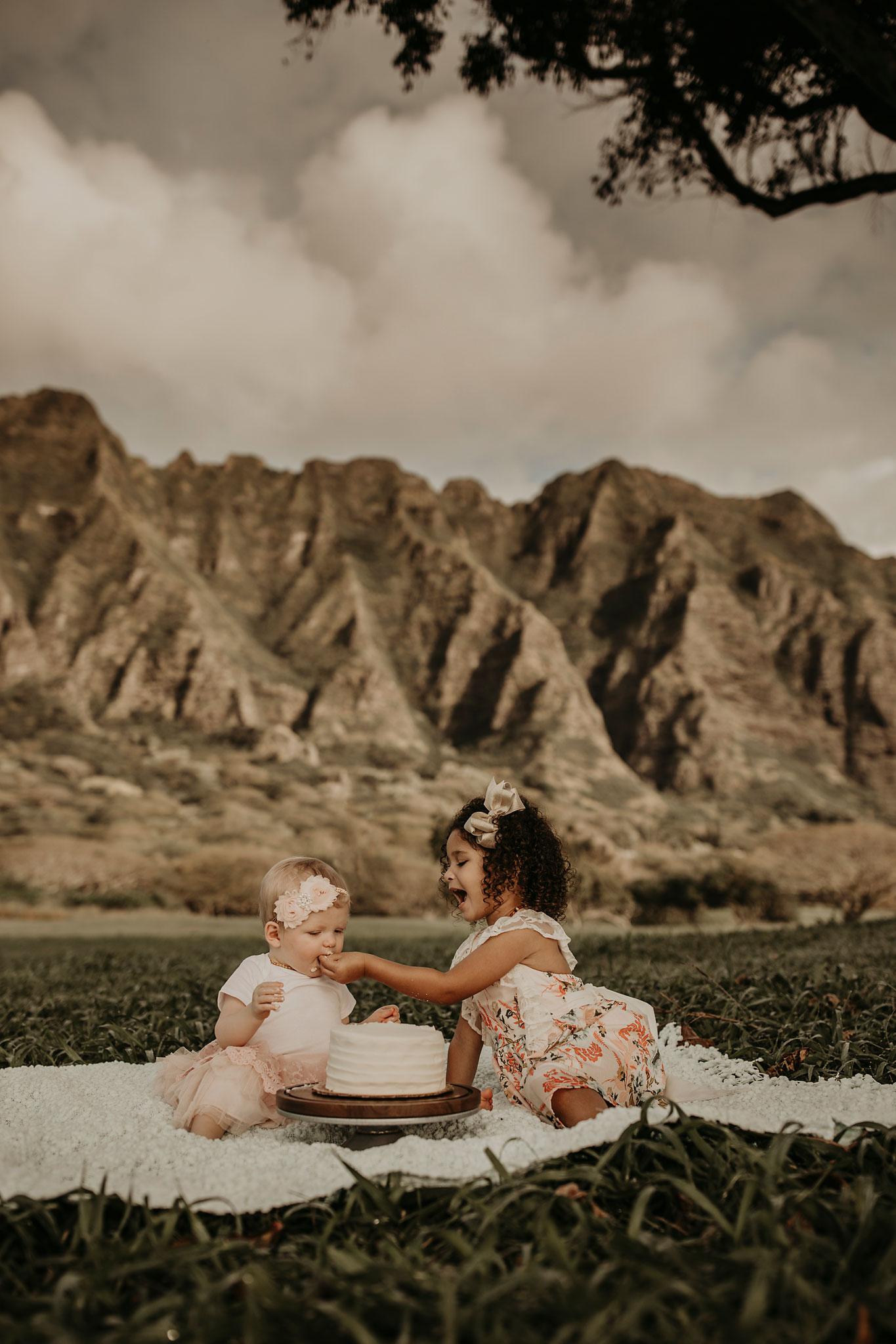 Sunrise-family-shoot-kualoa-ranch-30.jpg