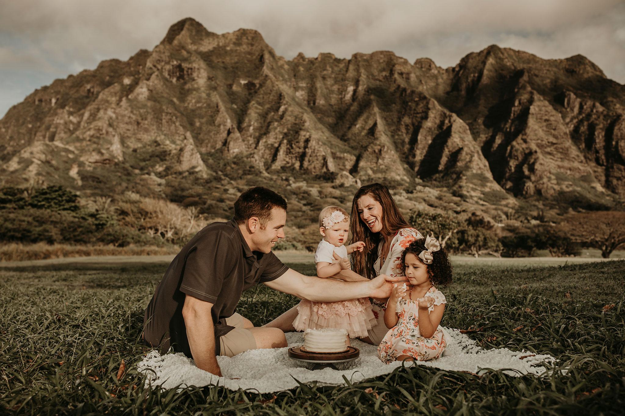 Sunrise-family-shoot-kualoa-ranch-32.jpg