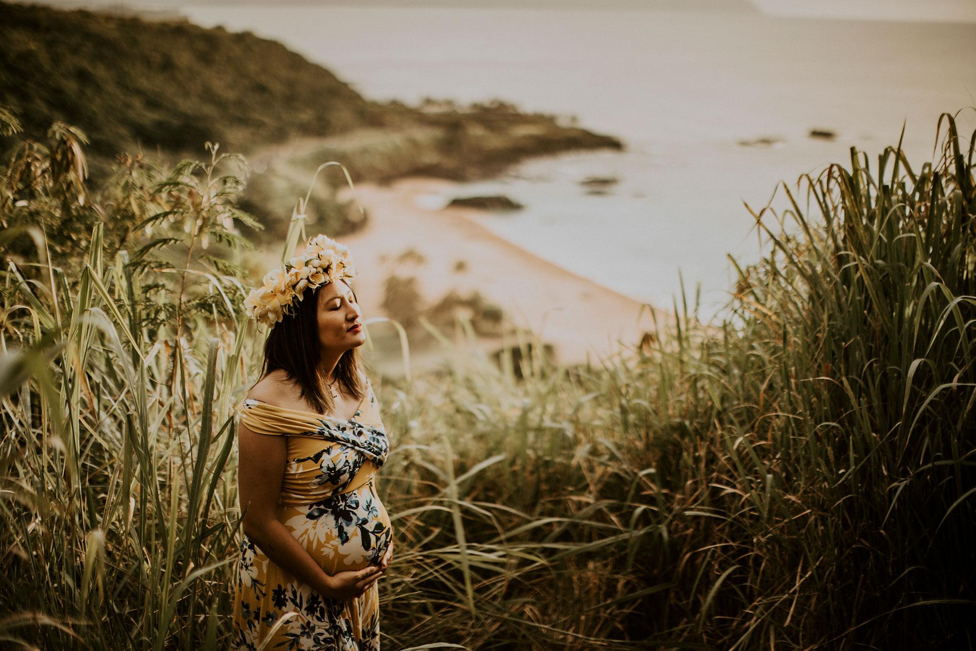 hawaii-mountain-top-maternity-shoot-01.jpg