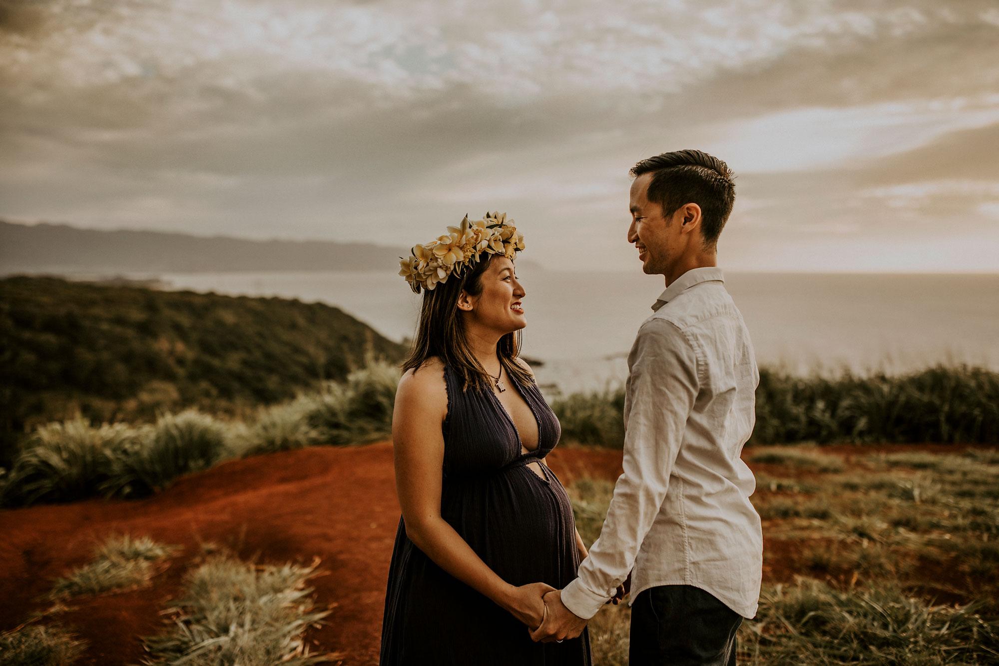 hawaii-mountain-top-maternity-shoot-13.jpg
