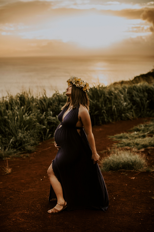 hawaii-mountain-top-maternity-shoot-15.jpg