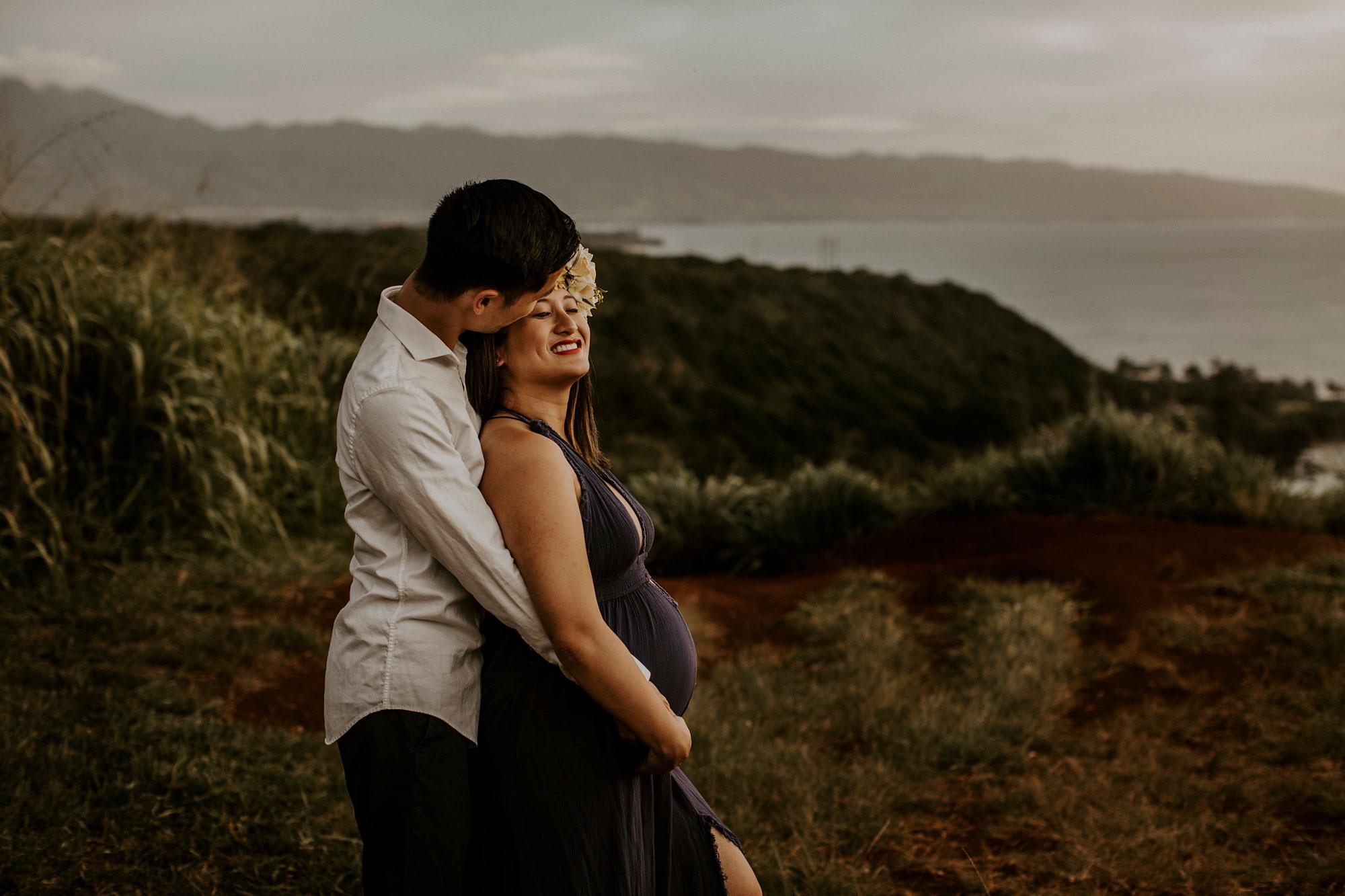 hawaii-mountain-top-maternity-shoot-17.jpg