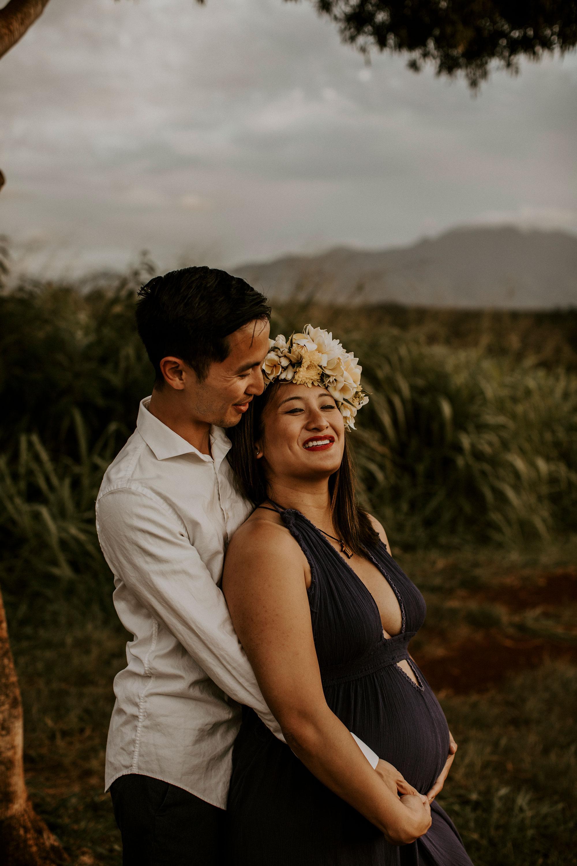 hawaii-mountain-top-maternity-shoot-18.jpg