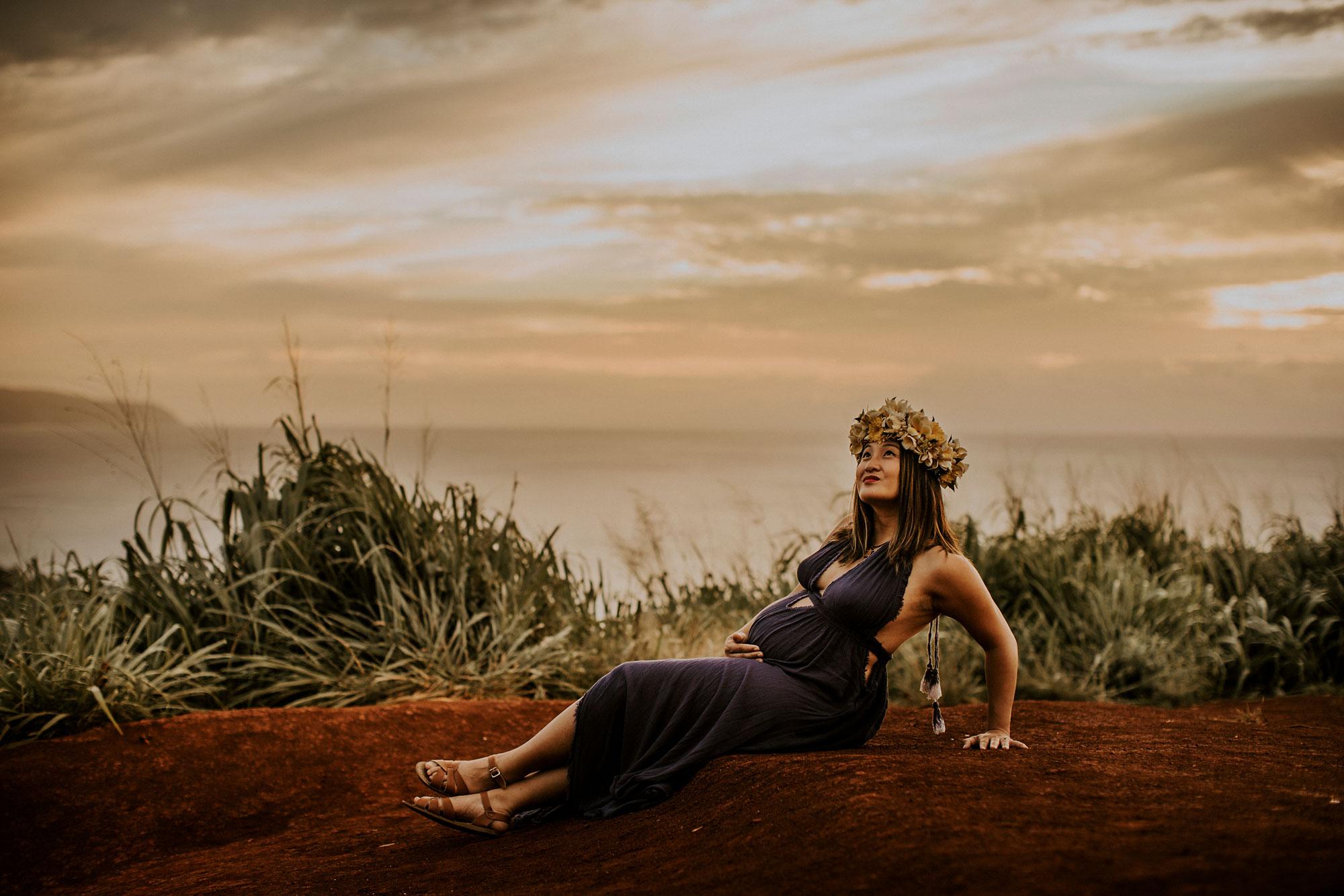 hawaii-mountain-top-maternity-shoot-19.jpg