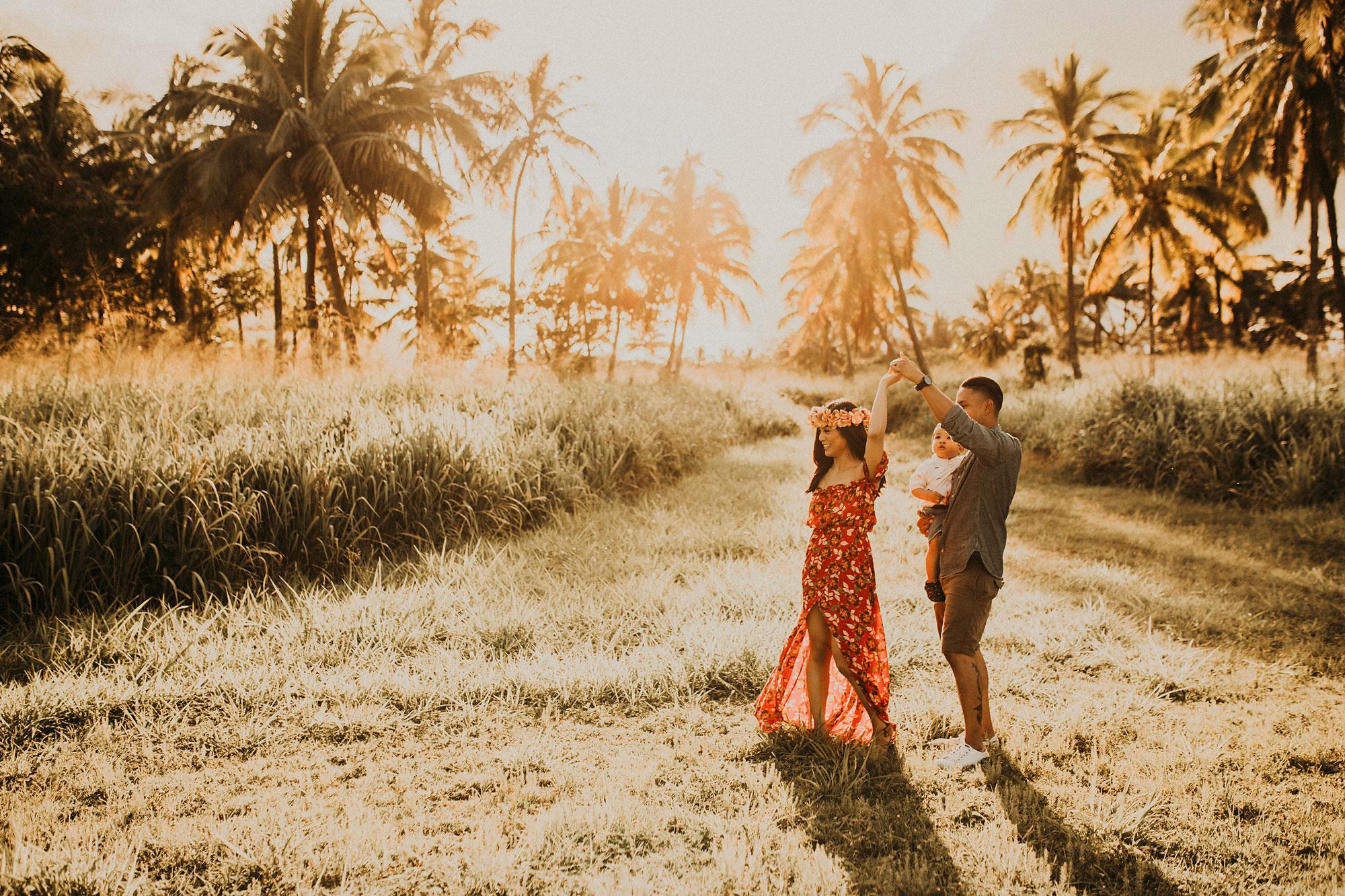 palm-tree-jungle-oahu-family-photographer-05.jpg