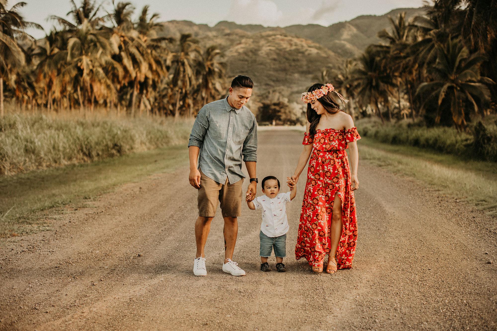palm-tree-jungle-oahu-family-photographer-09.jpg