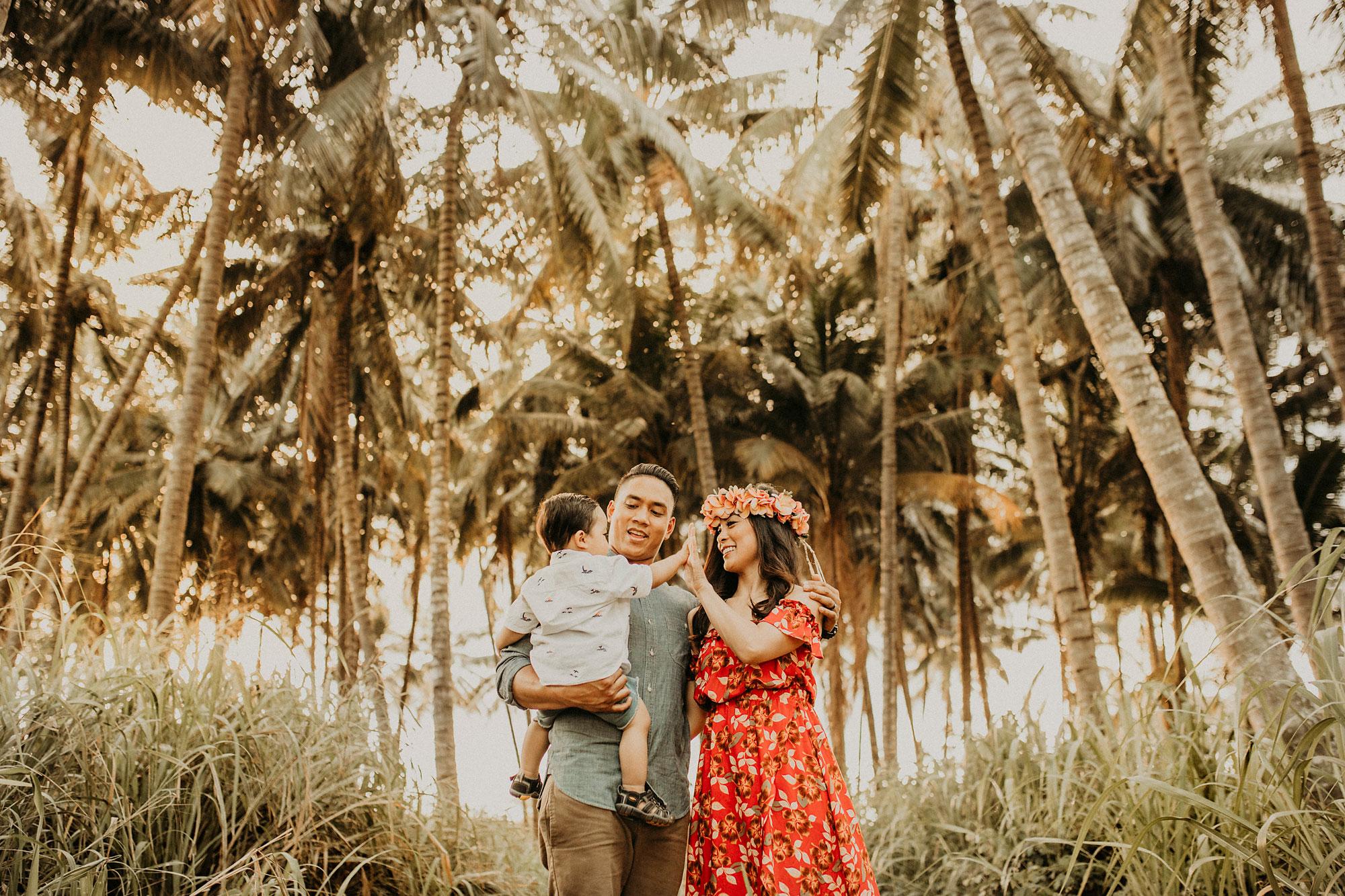 palm-tree-jungle-oahu-family-photographer-13.jpg