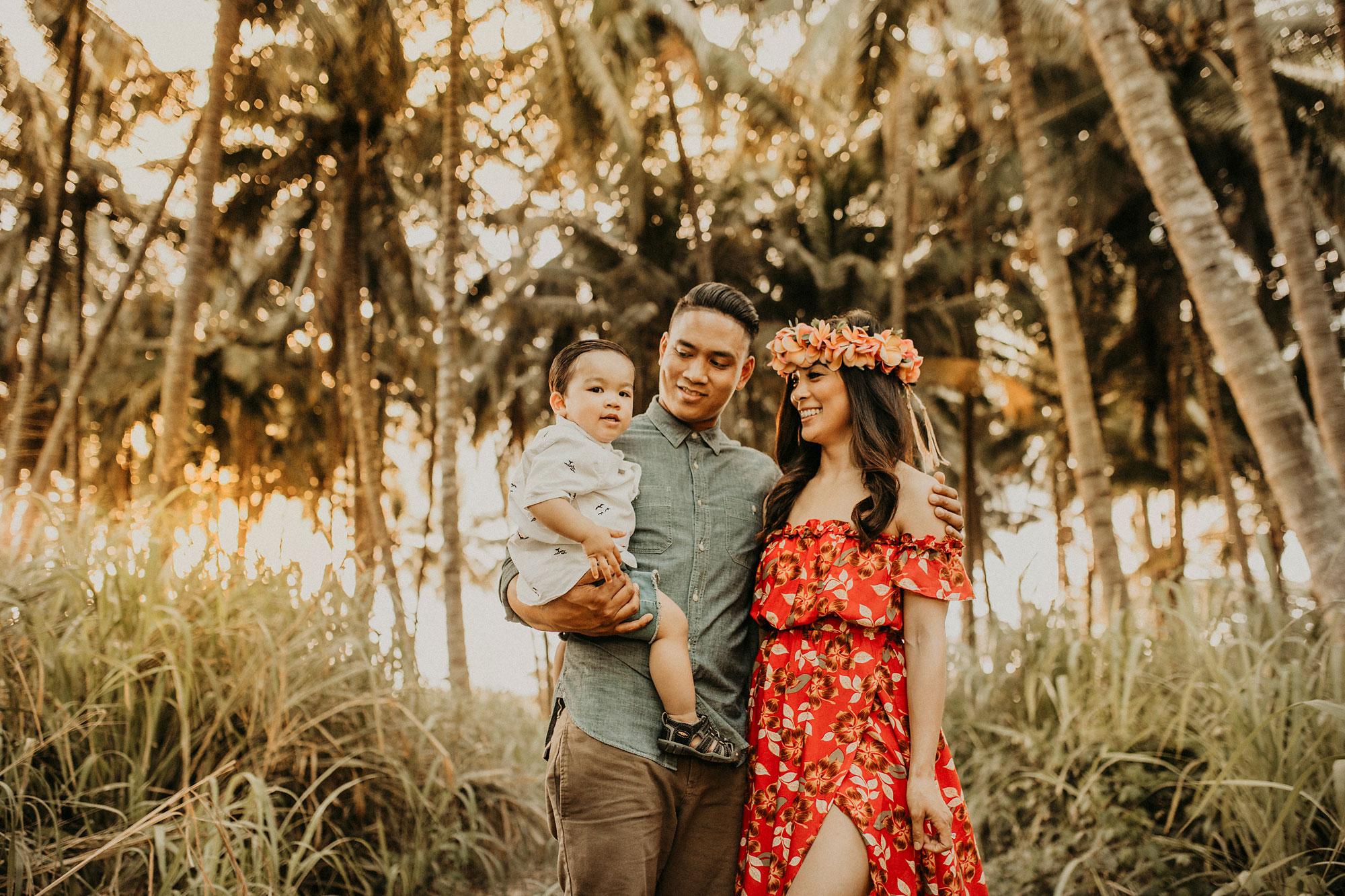 palm-tree-jungle-oahu-family-photographer-17.jpg