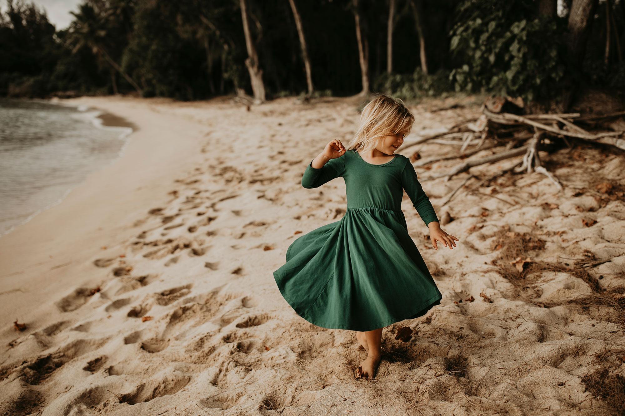 Hawaii-Outdoor-Newborn-Photography-05.jpg