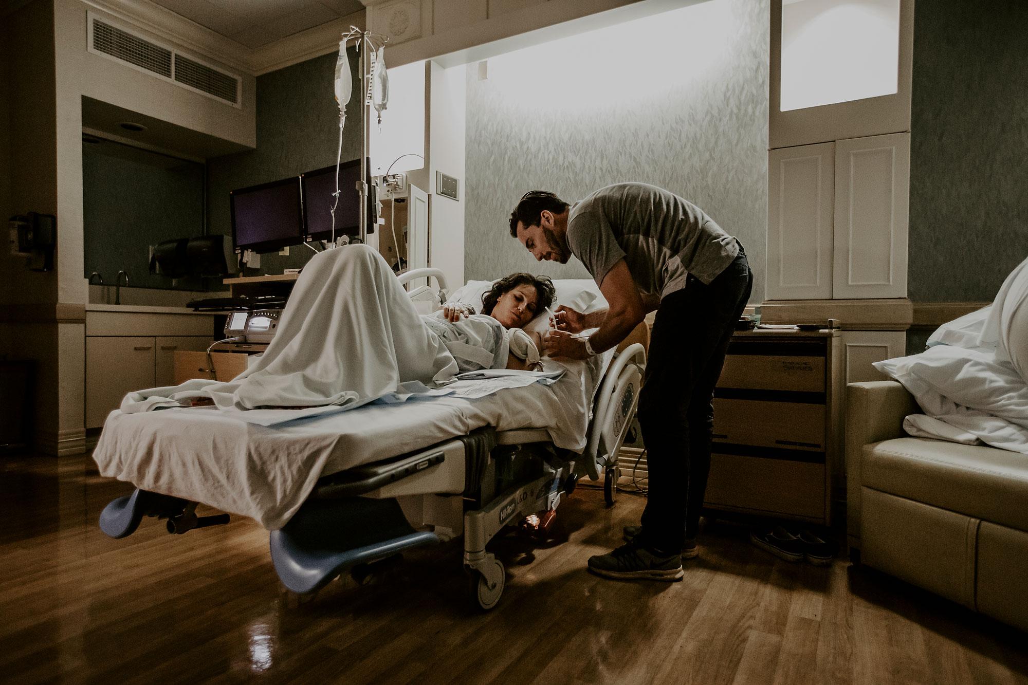 Oahu-Birth-Photographer-Honolulu-Queens-Hospital-The-Sophia-Co-28.jpg