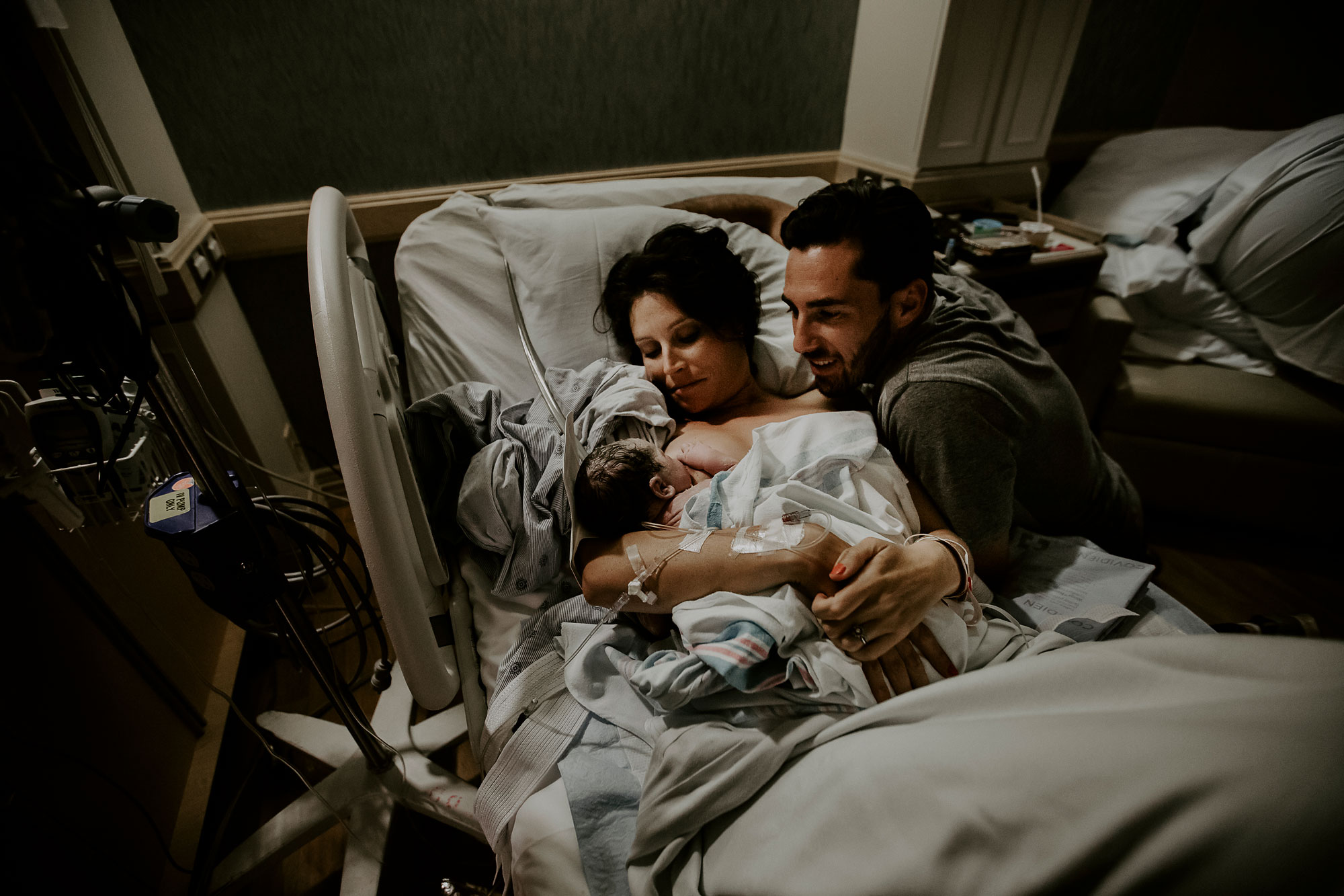Oahu-Birth-Photographer-Honolulu-Queens-Hospital-The-Sophia-Co-29.jpg