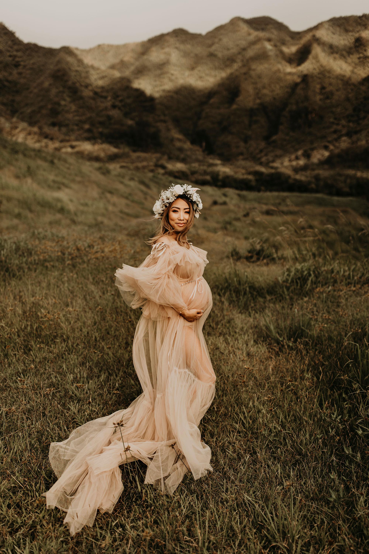 mountain-maternity-session-Hawaii-01.jpg