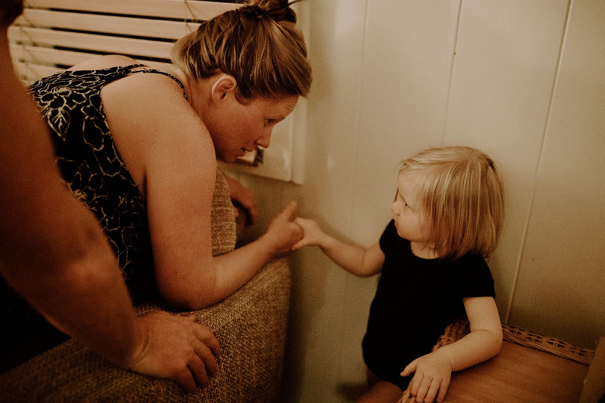 Oahu-Home-Birth-Photographer-02.jpg