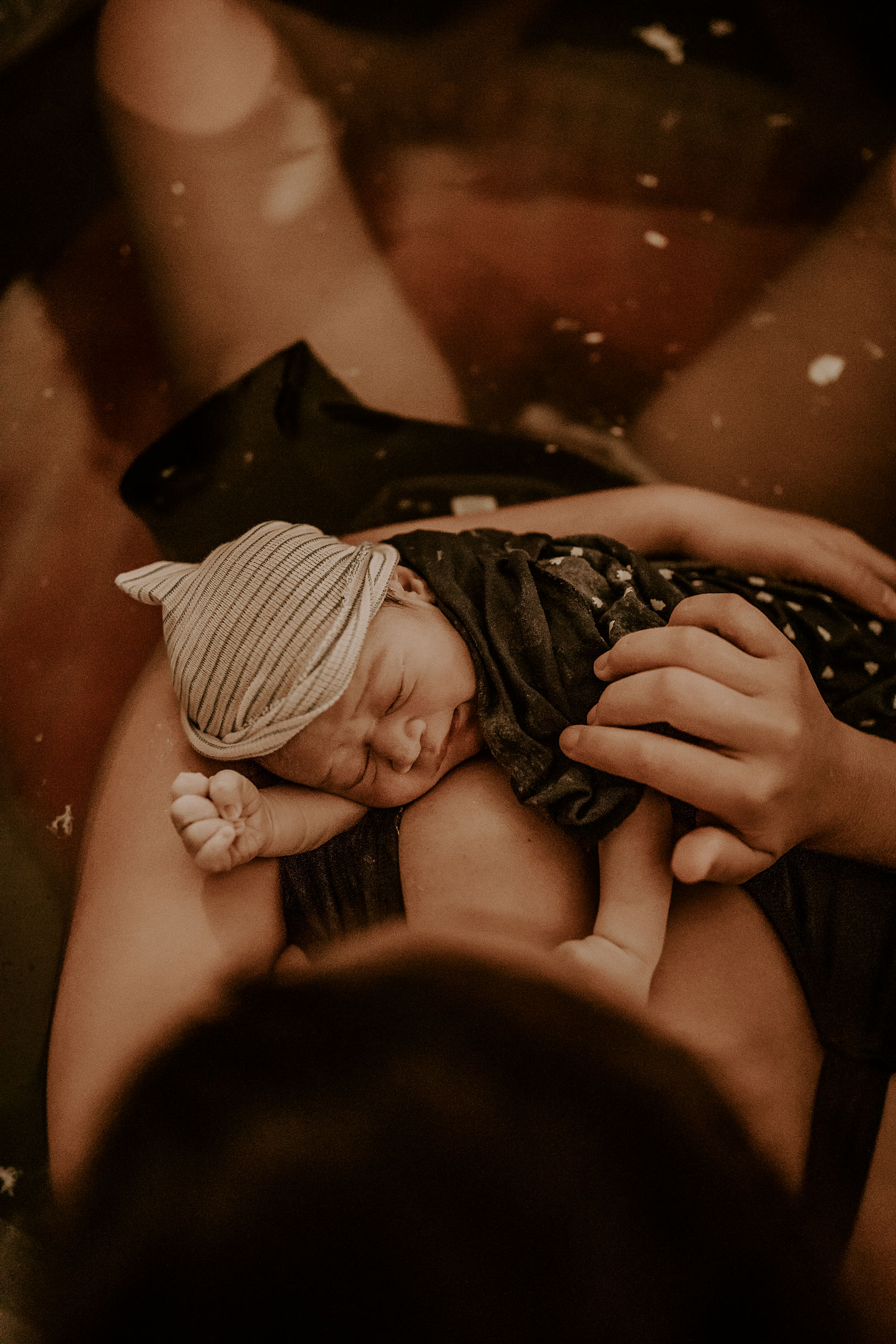 Hawaii-Oahu-Honolulu-Birth-Photographer-The-Sophia-Co-23.jpg