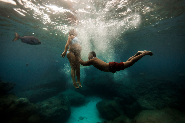 Hawaii-Underwater-maternity-photography-13.jpg