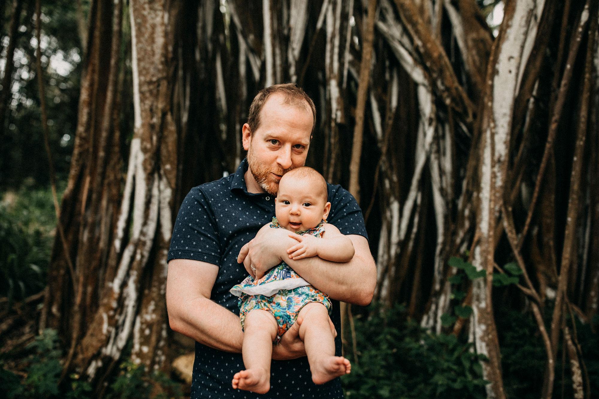 Family-Photographer-North-Shore-Oahu-Hawaii-04.jpg