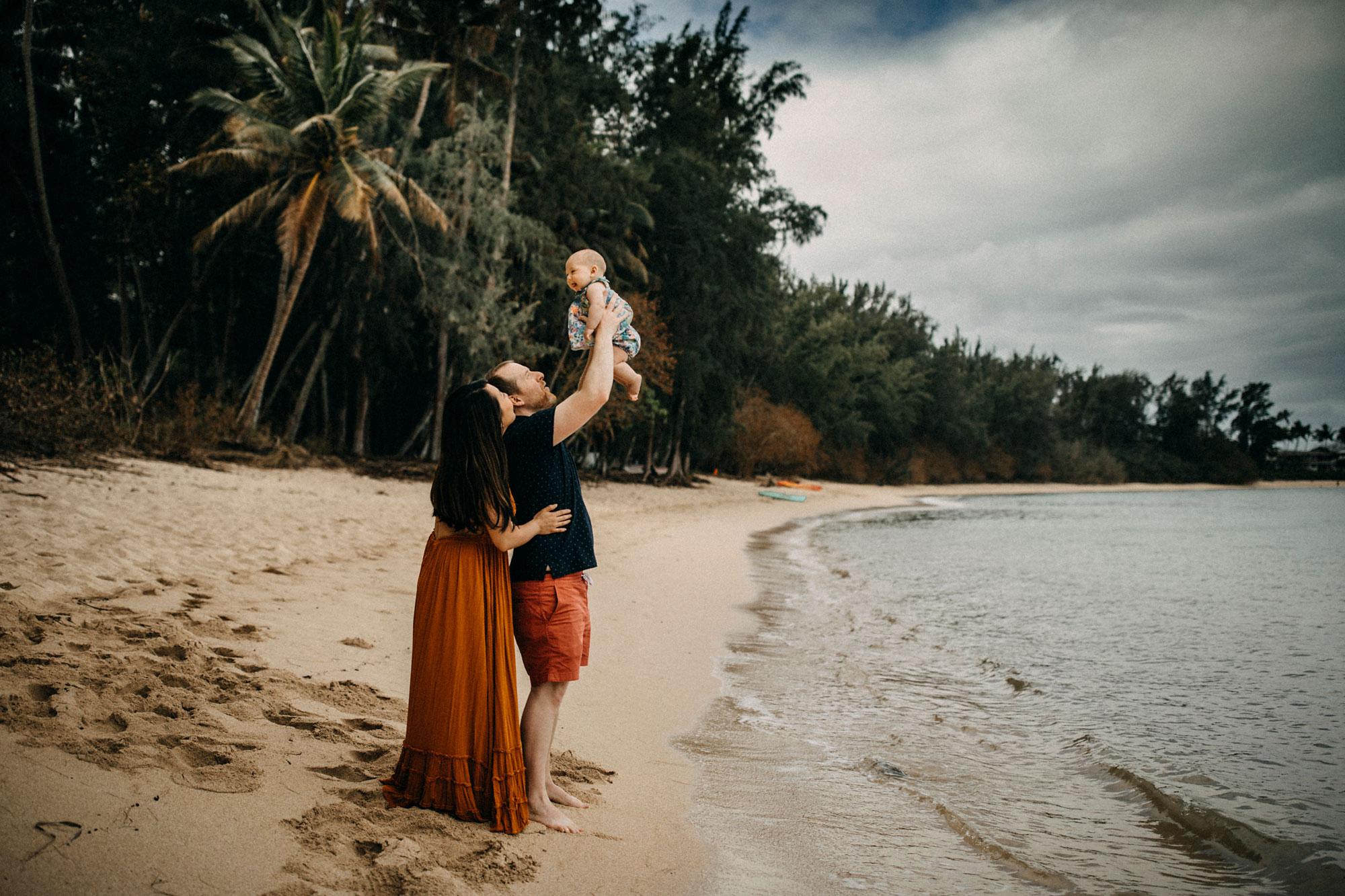 Family-Photographer-North-Shore-Oahu-Hawaii-13.jpg