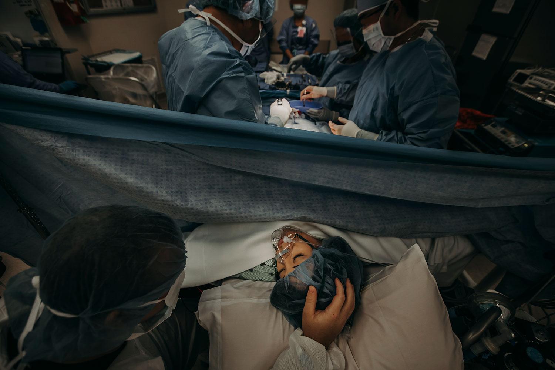 Hawaii-Birth-Photographer-Twins-Cesarean-10.jpg