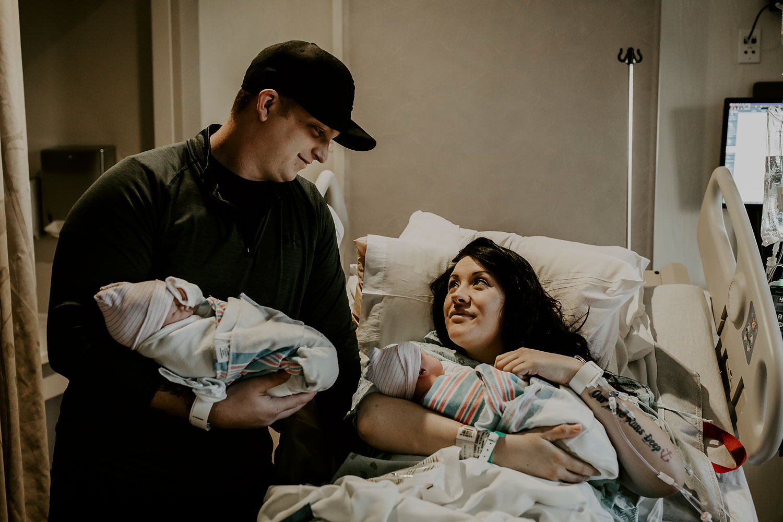 Hawaii-Birth-Photographer-Twins-Cesarean-31.jpg