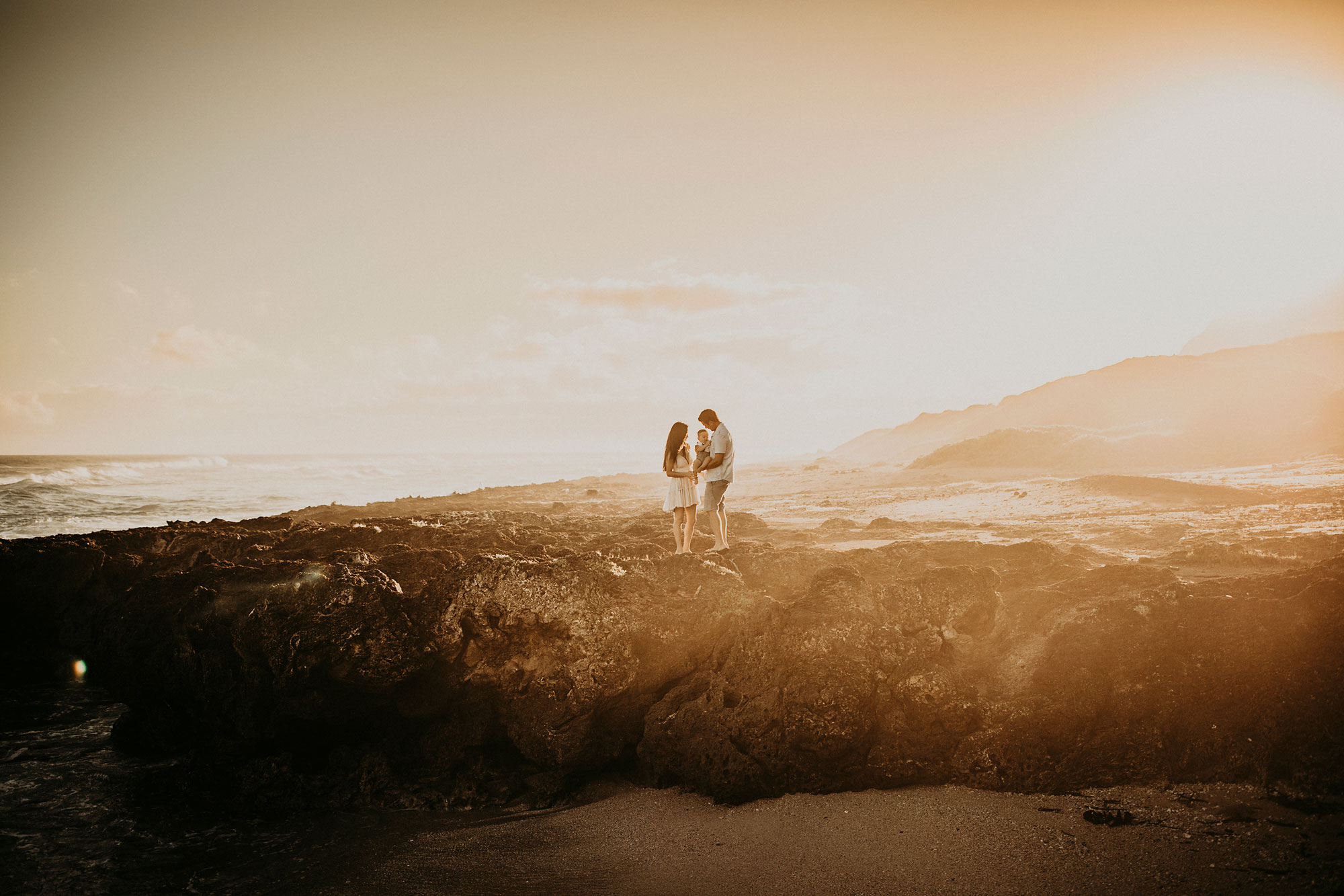 Kaena-Point-Sunrise-Family-Photographer-Hawaii-13.jpg