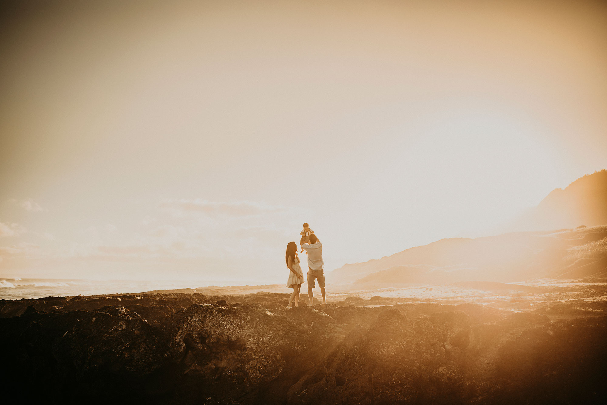 Kaena-Point-Sunrise-Family-Photographer-Hawaii-14.jpg