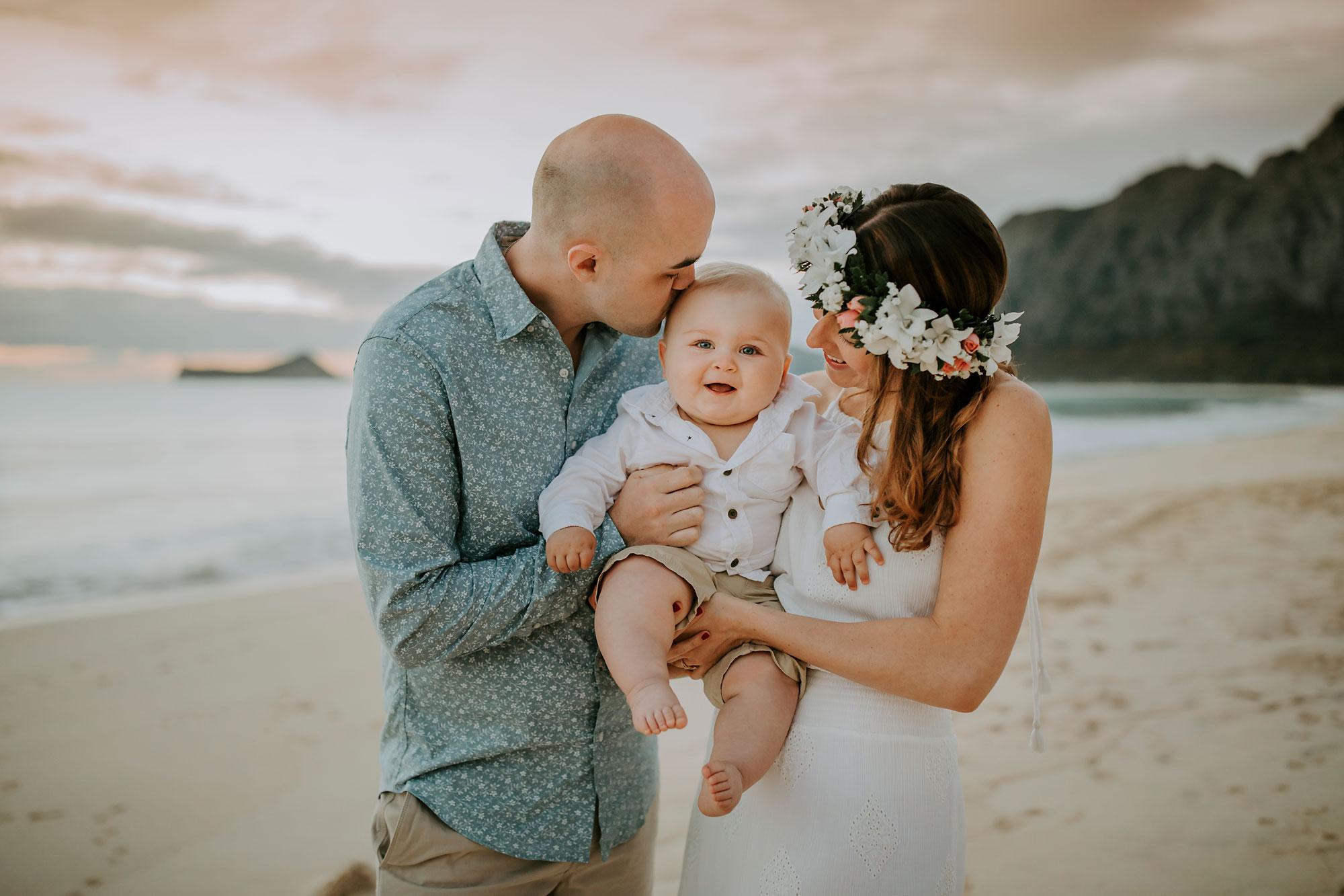 Hawaii-Oahu-Family-Photographer-04.jpg