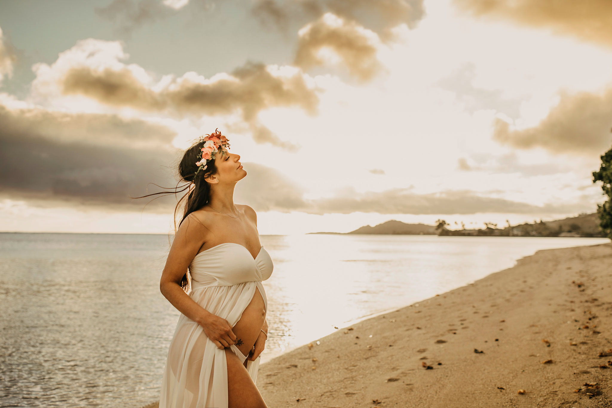 Hawaii-Maternity-Photographer25.jpg