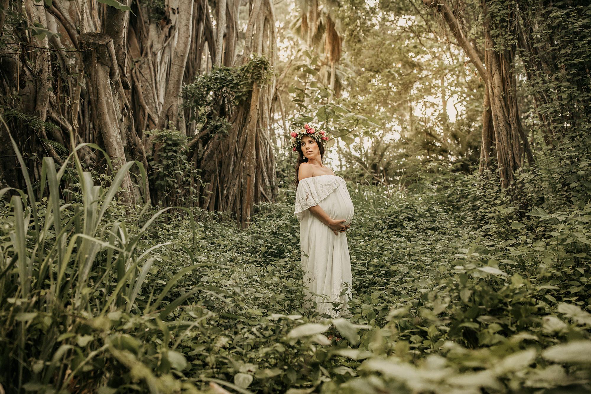 Hawaii-Oahu-Maternity-Photography-The-Sophia-Co-011.jpg
