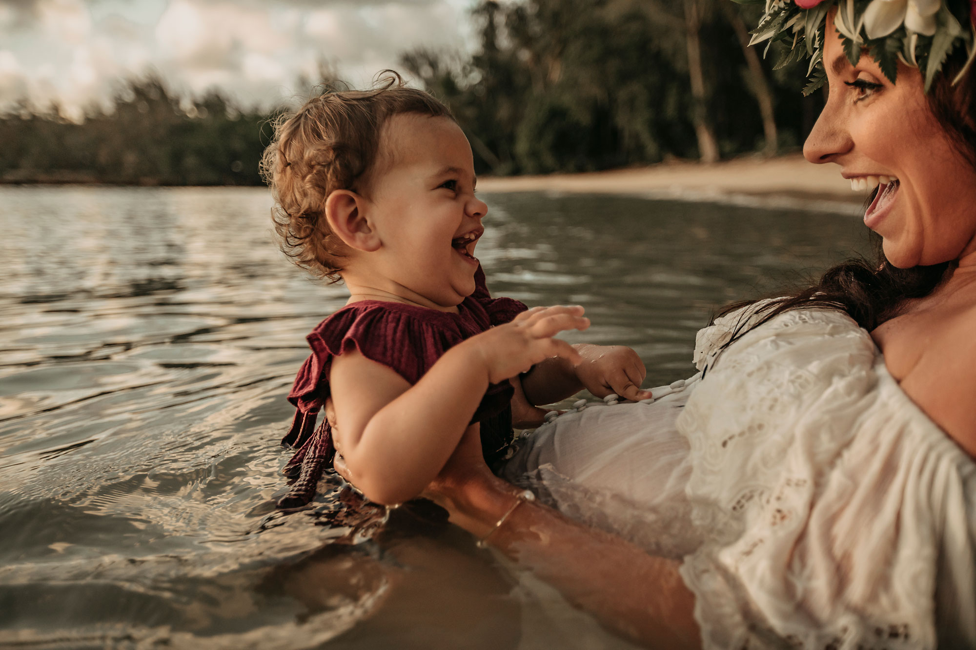 Hawaii-Oahu-Maternity-Photography-The-Sophia-Co-020.jpg