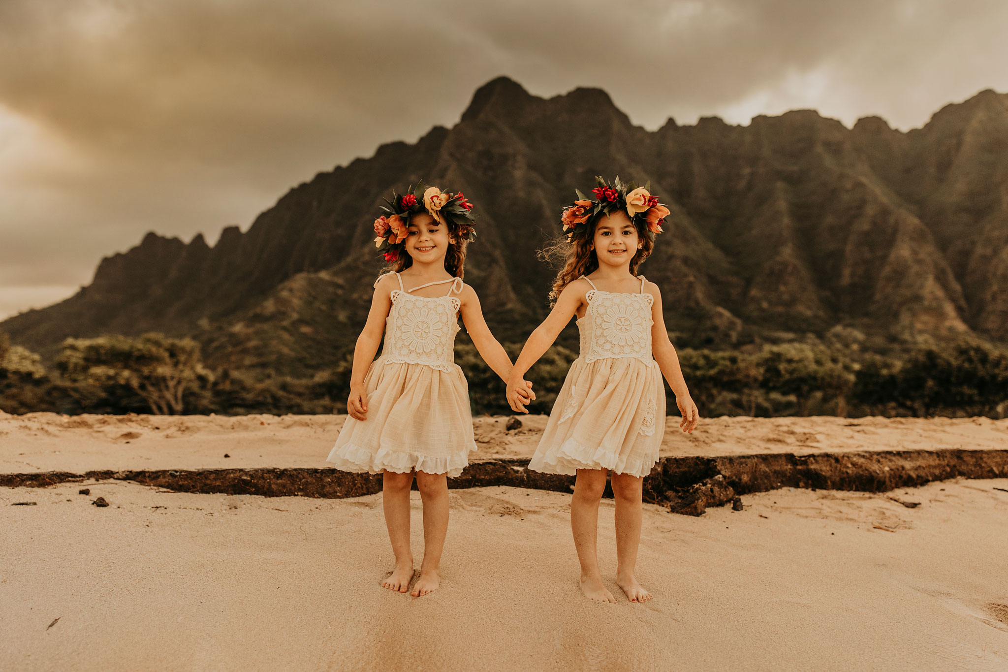 oahu-hawaoo-family-photos-photographer-photography-10.jpg