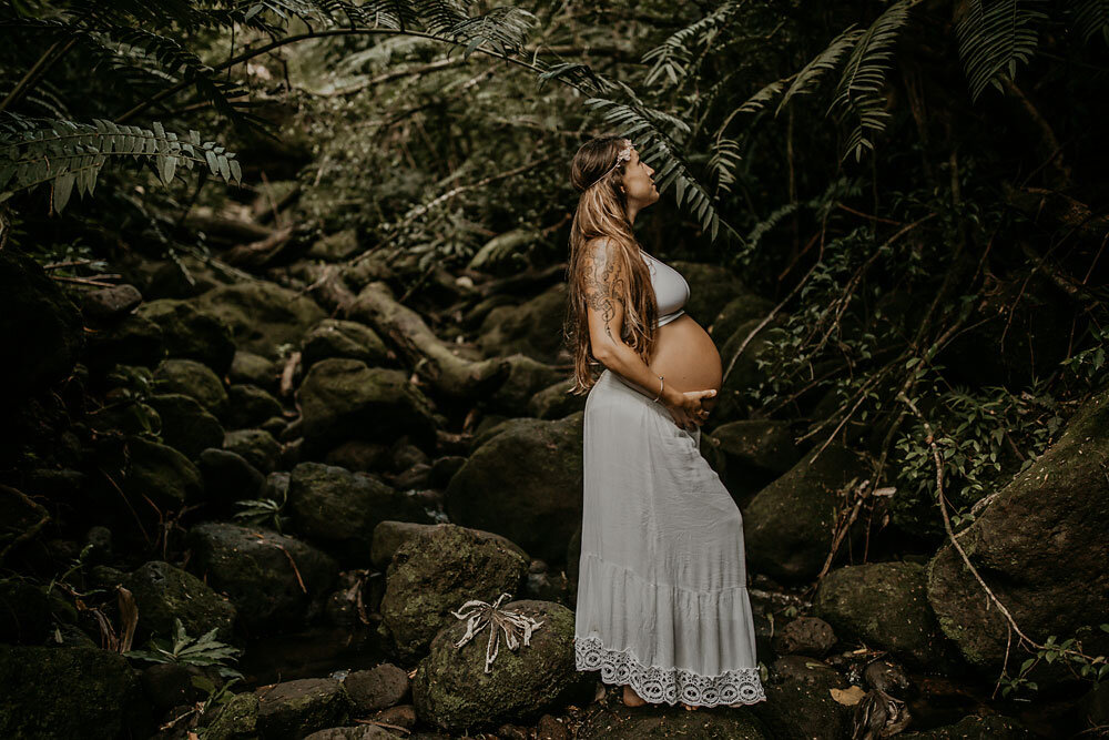 Oahu Hawaii Maternity Photographer Waterfall Maternity The Sophia Co 18.jpg