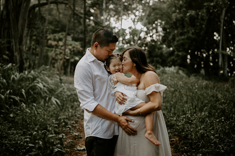 Oahu-Hawaii-North-Shore-Maternity-Photography-The-Sophia-Co-01.jpg