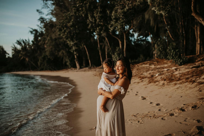 Oahu-Hawaii-North-Shore-Maternity-Photography-The-Sophia-Co-21.jpg