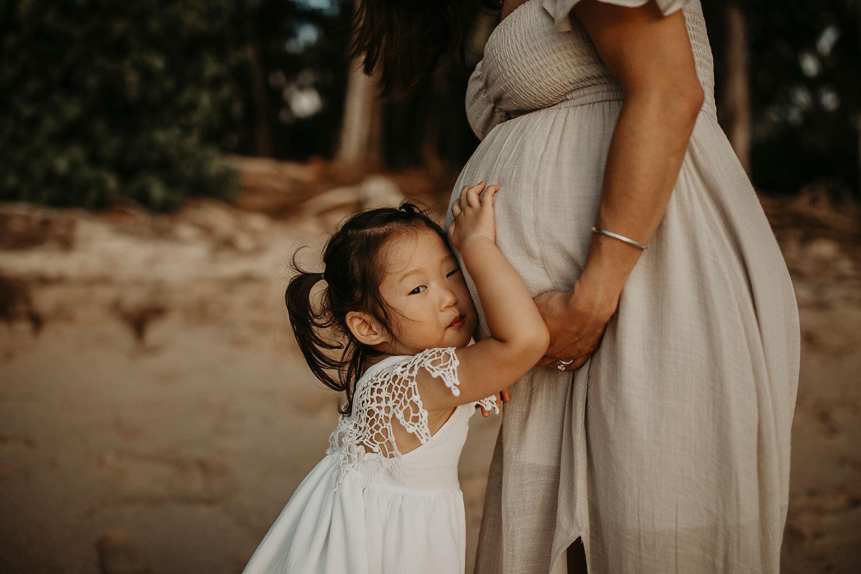 Oahu-Hawaii-North-Shore-Maternity-Photography-The-Sophia-Co-23.jpg