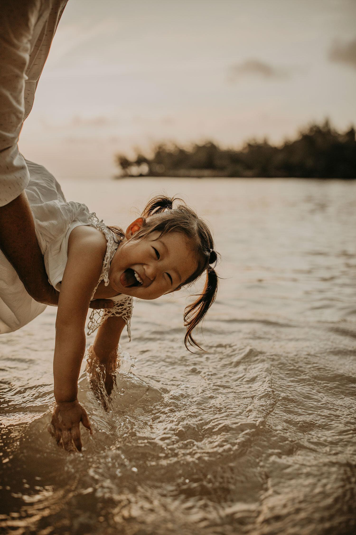 Oahu-Hawaii-North-Shore-Maternity-Photography-The-Sophia-Co-38.jpg