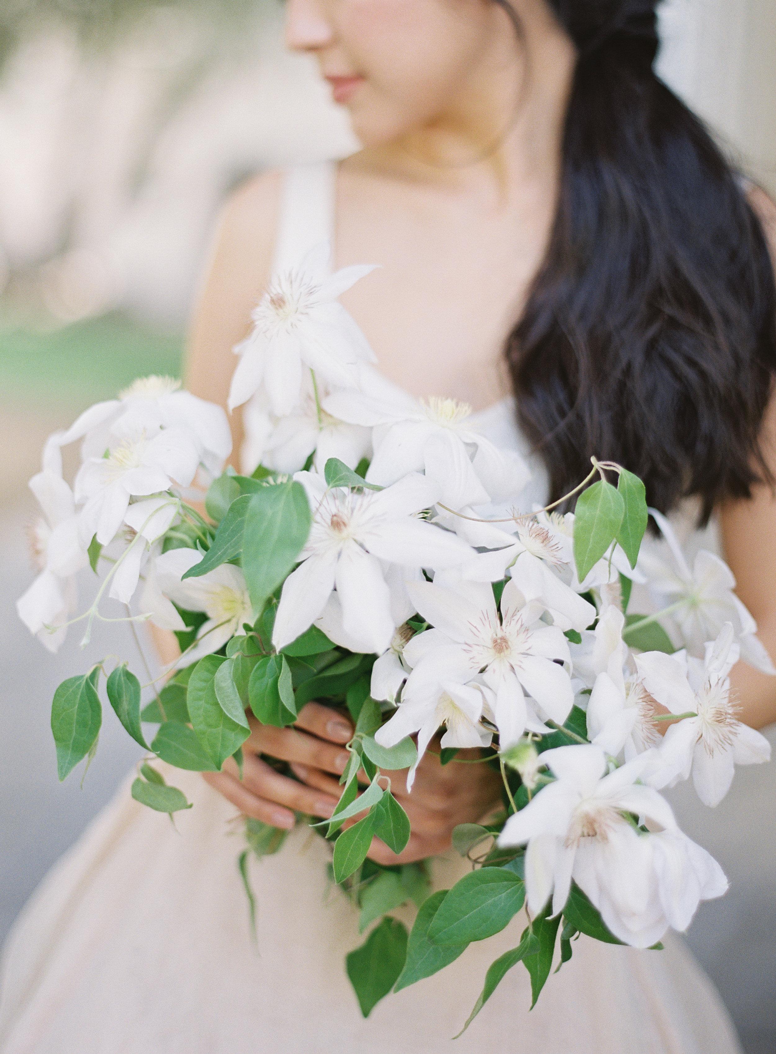 California Wedding Inspiration Fine Art Flowers Modern Romantic Finding Flora florist Sara Weir Bridal Bouquet