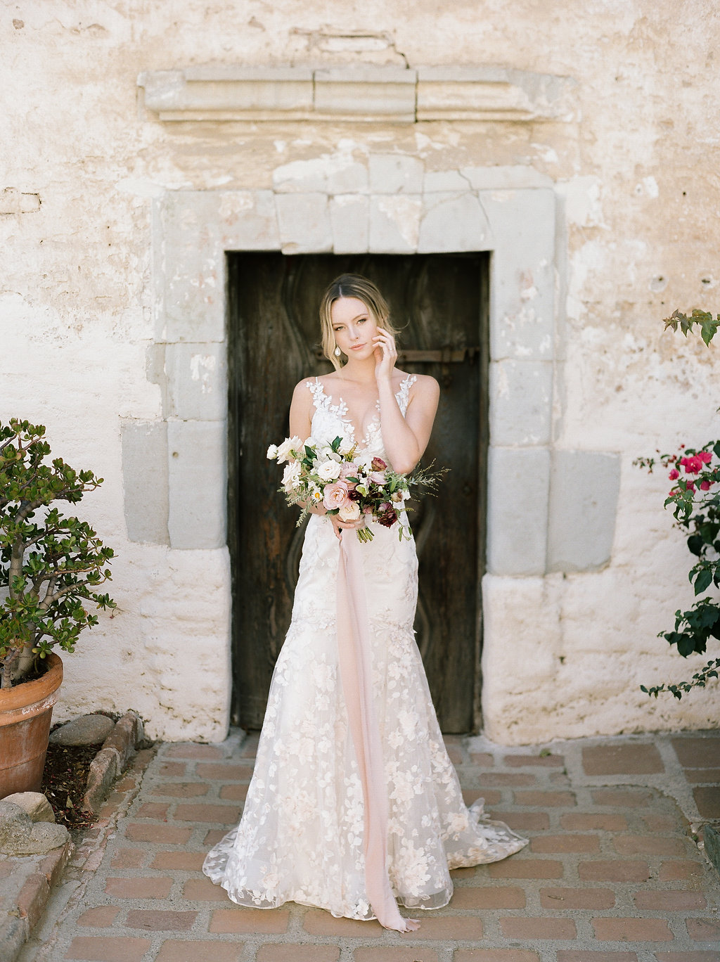 Spanish Mission Style Wedding Ideas Bridal Bouquet Summer Flowers Finding Flora Wedding Sparrow Fine Art Claire Pettibone