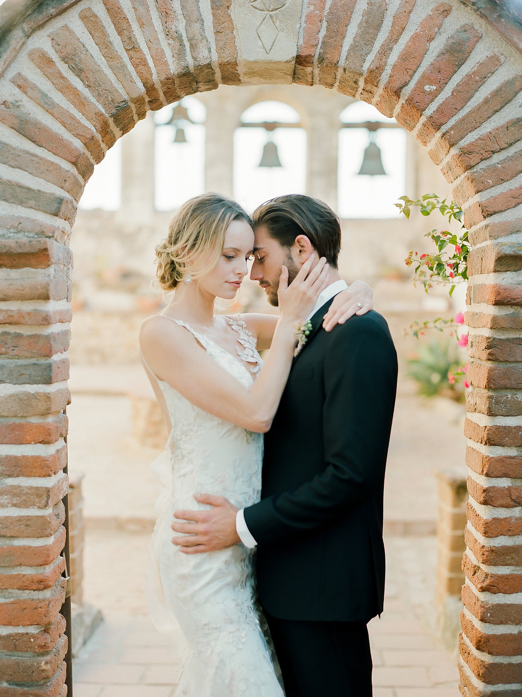 Spanish Mission Style Wedding Ideas Summer Flowers Finding Flora San Juan Capistrano European Venues California Bride and Groom Wedding Bells Bridals