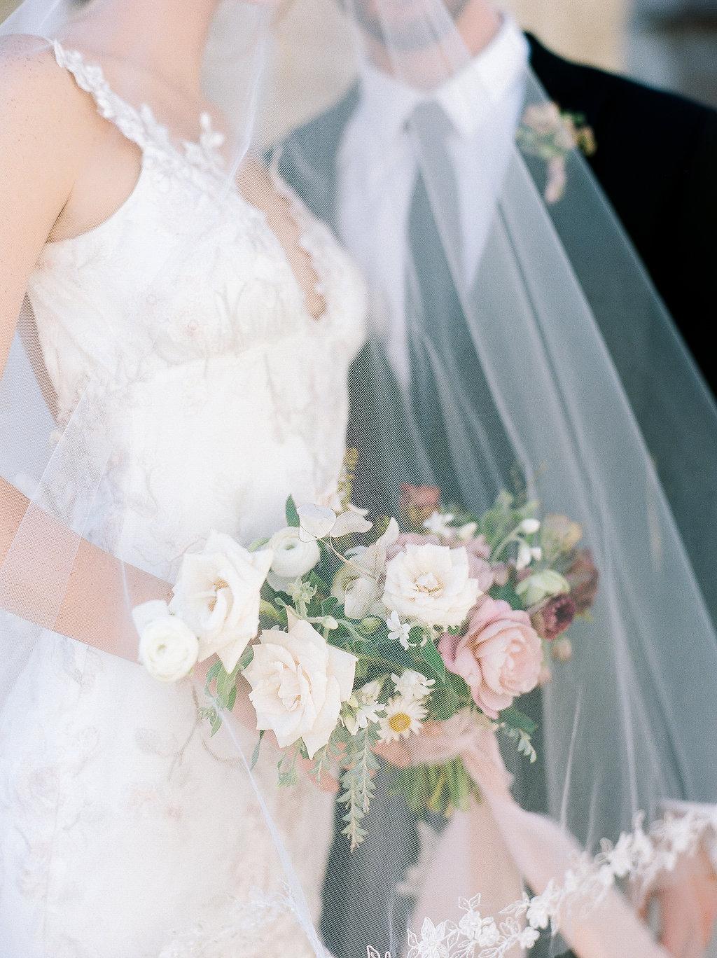 Spanish Mission Style Wedding Ideas Bridal Bouquet Summer Flowers Finding Flora Wedding Sparrow Fine Art Veil