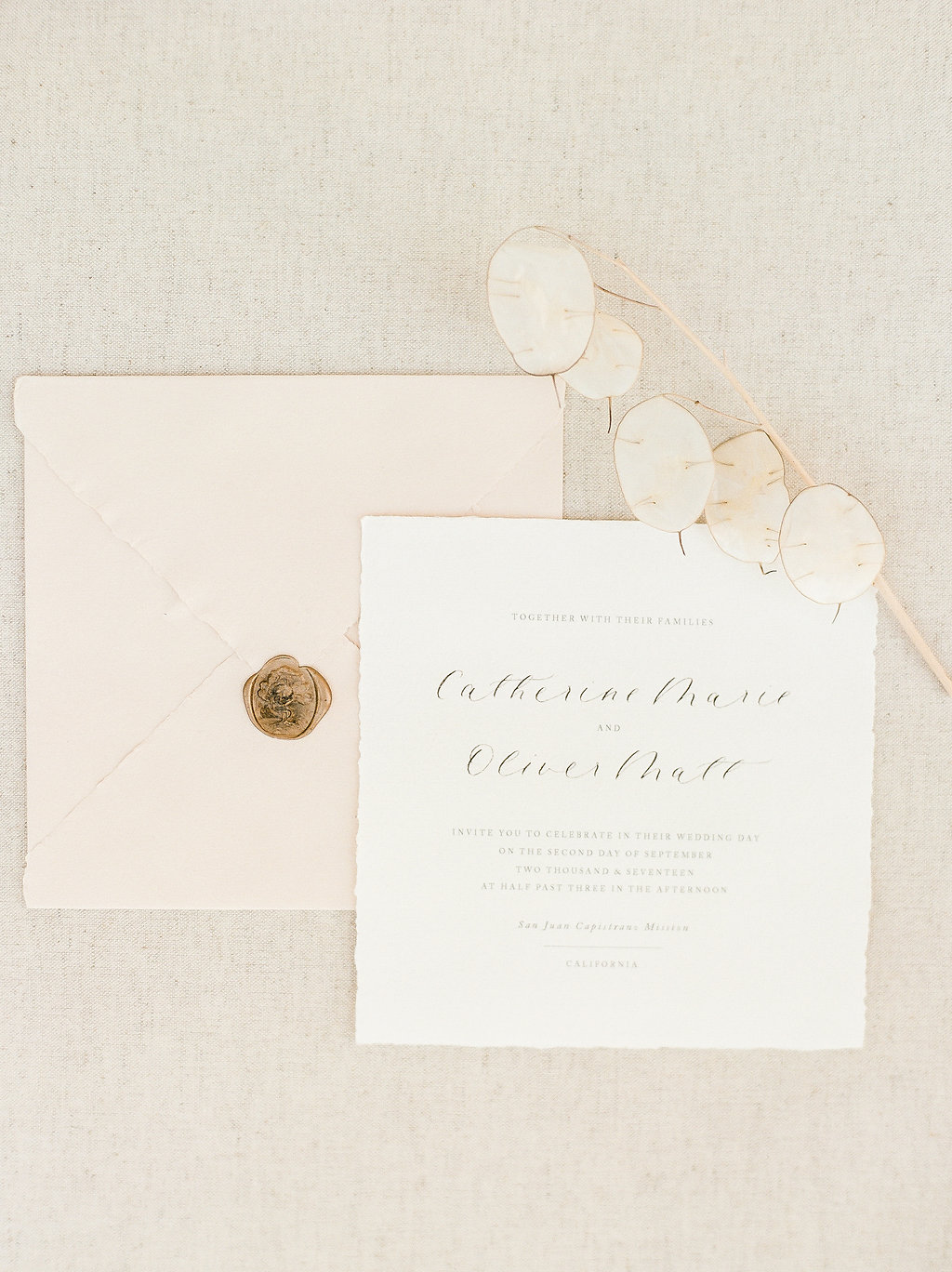 Spanish Mission Style Wedding Ideas Bridal Accessories Summer Flowers Finding Flora Wedding Sparrow Fine Art Flourish Calligraphy Invites Stationery San Juan Capistrano Lunaria