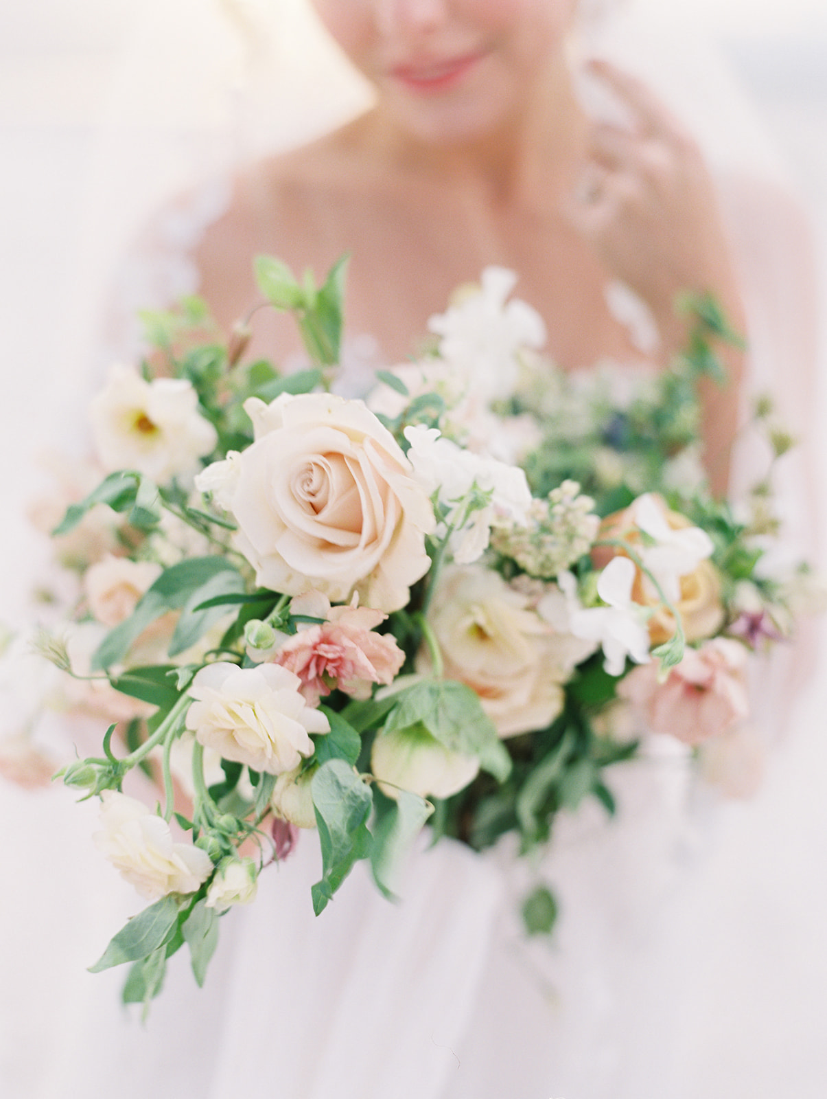 Timeless elegant bridal bouquet by Finding Flora