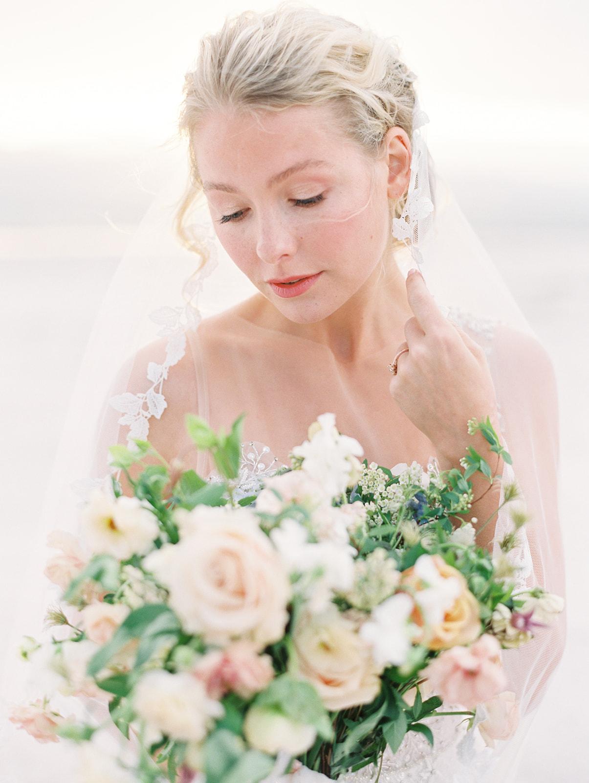 Soft, romantic wedding florals