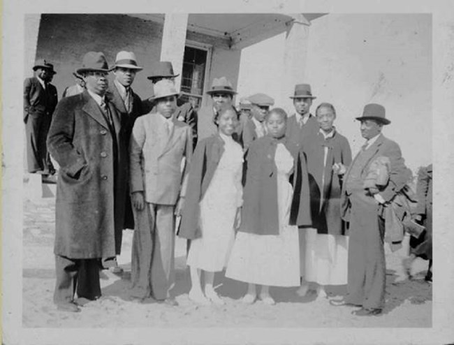Louisiana residents may have family ties to people in mid-Atlantic states like Georgia, Florida, North Carolina, and South Carolina, like these folks from Sandy Island, South Carolina. Image: Georgetown County (SC) Digital Library