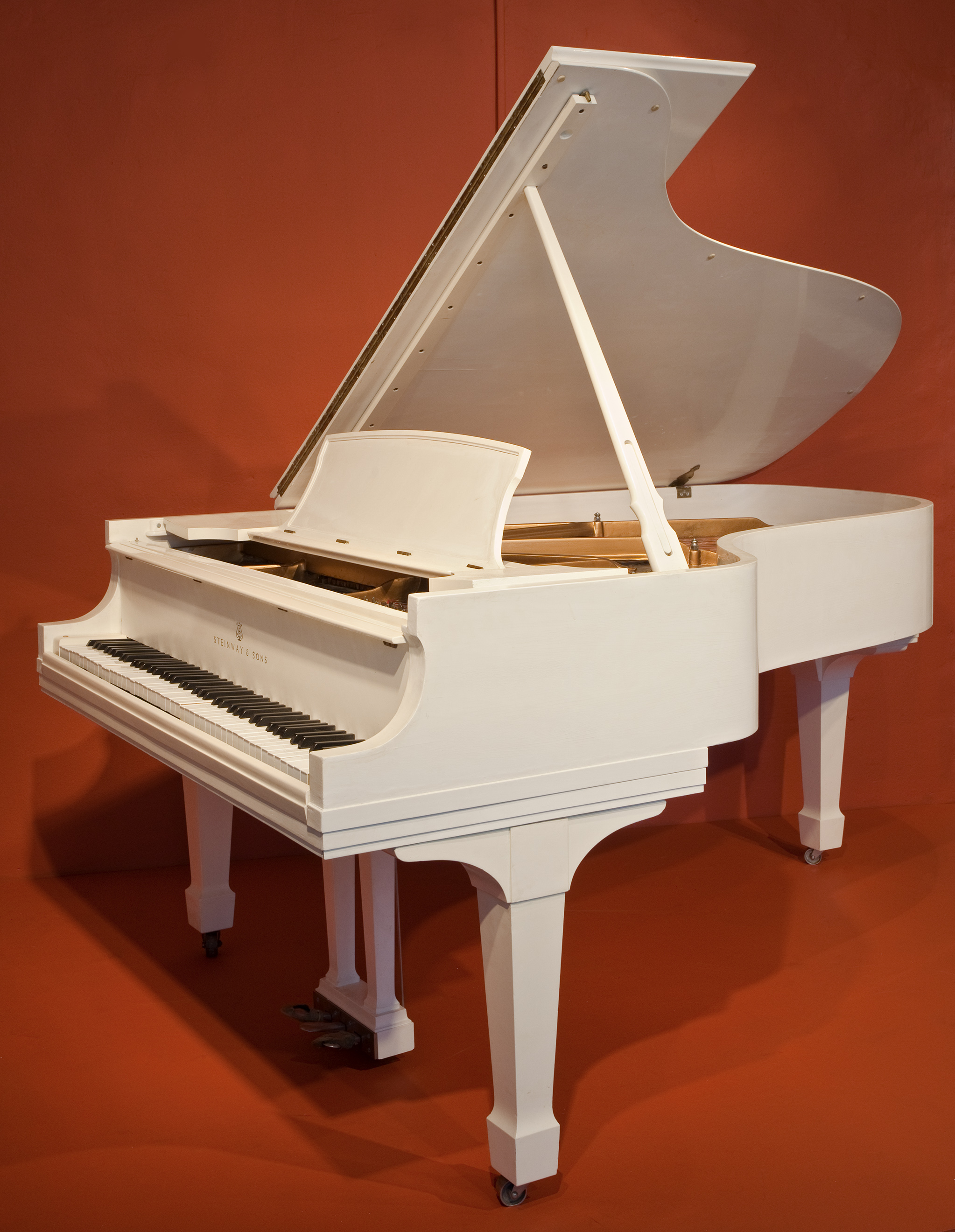 Major conservation funding provided by Mr. Allan Slaight allowed for the piano to be restored. Other conservation contributors included the Rock & Roll Hall of Fame, Sir Paul McCartney, and the Tipitina's Foundation.