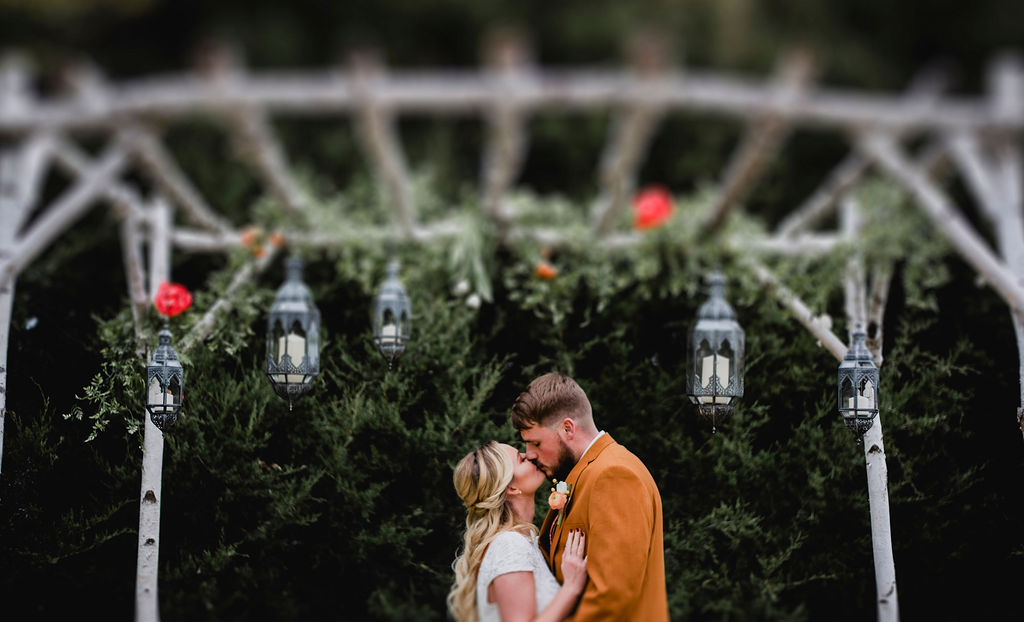 Kansas City Photographer Boho Barn Wedding at Heritage Ranch010.jpg