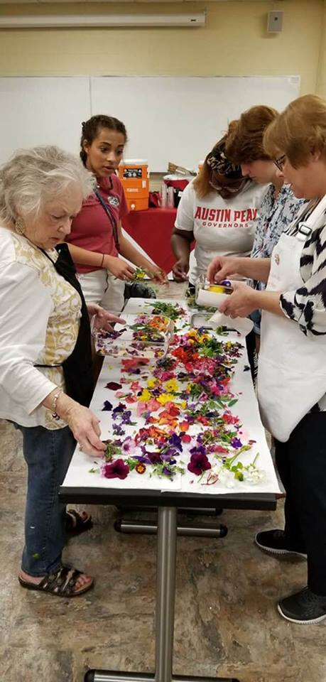 flowers volunteers.jpg